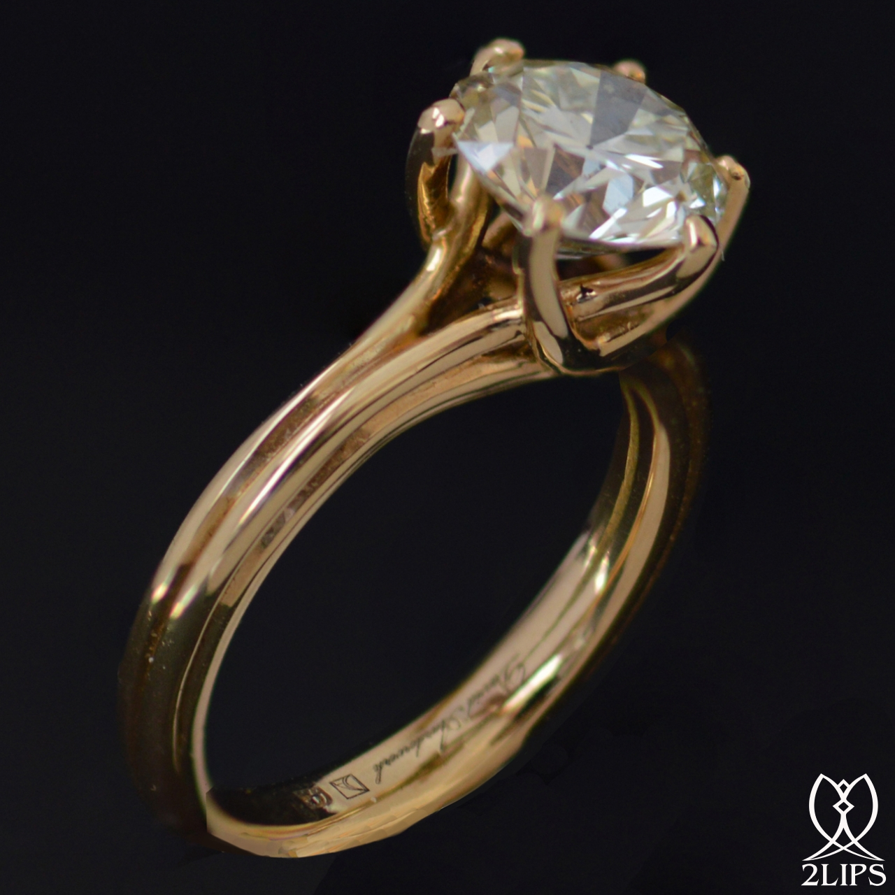 2lips-de-mooiste-verlovingsring-2-33-crt-t-s-colour-solitair-briljant-diamant