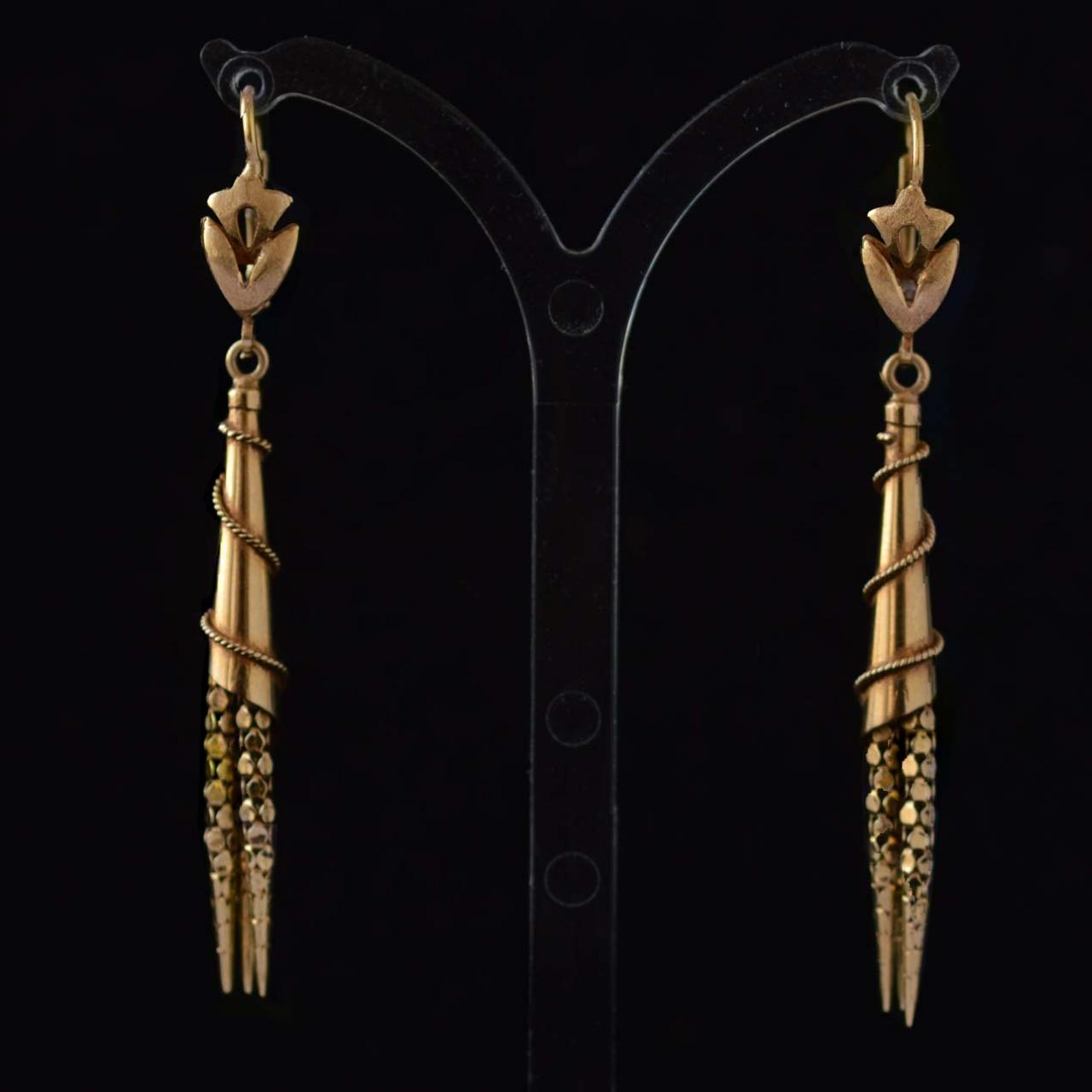 18k-victoriaanse-tassel-pendant-oorbellen-neo-etruskische