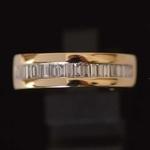geel-gouden-halve-alliance-ring-met-baguette-geslepen-diamanten