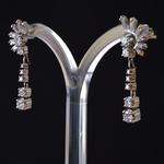 witgoud-art-deco-retro-oorhangers-oorbellen-briljant-baguette-diamanten